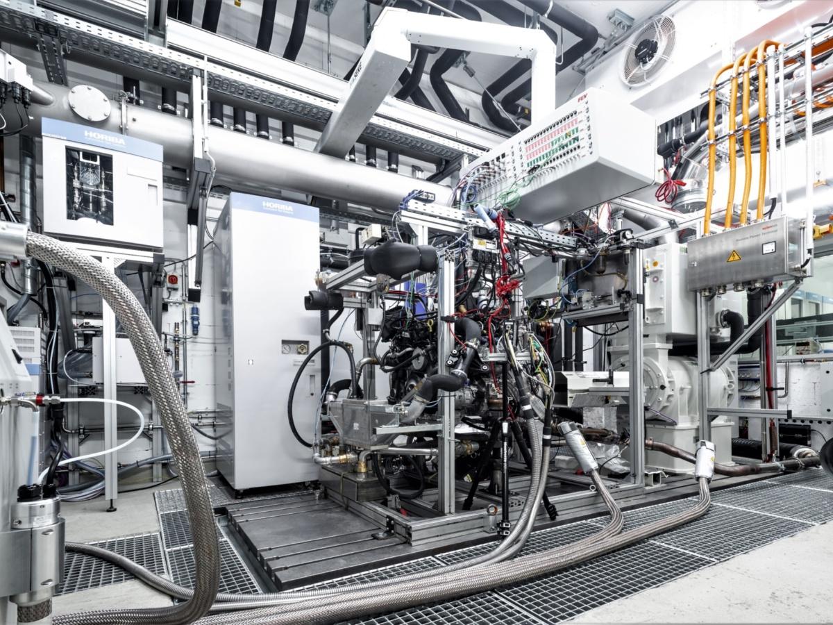 Hybridmotorenprüfstand am IFS  (c) Alexander Speer